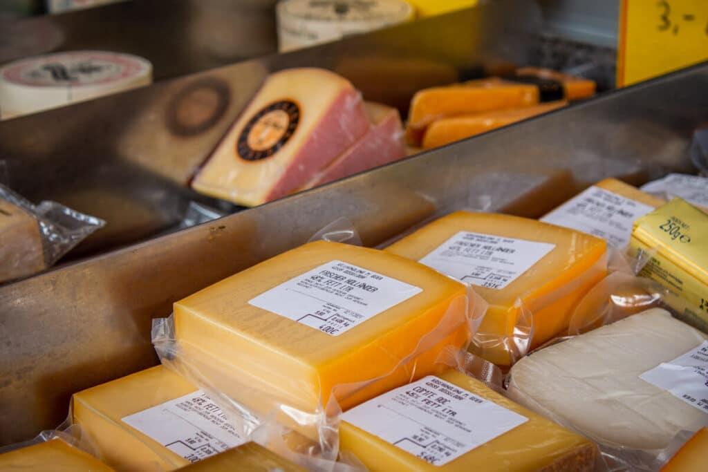 Marktstand Eier Geier Langenfelder Wochenmarkt Bild 2