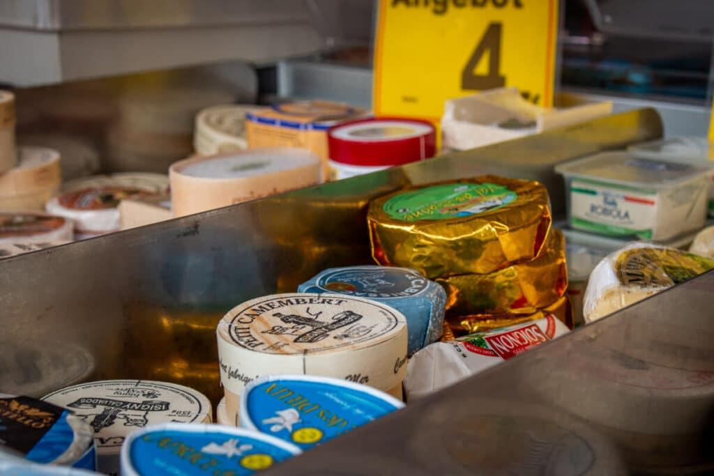 Marktstand Eier Geier Langenfelder Wochenmarkt Bild 4