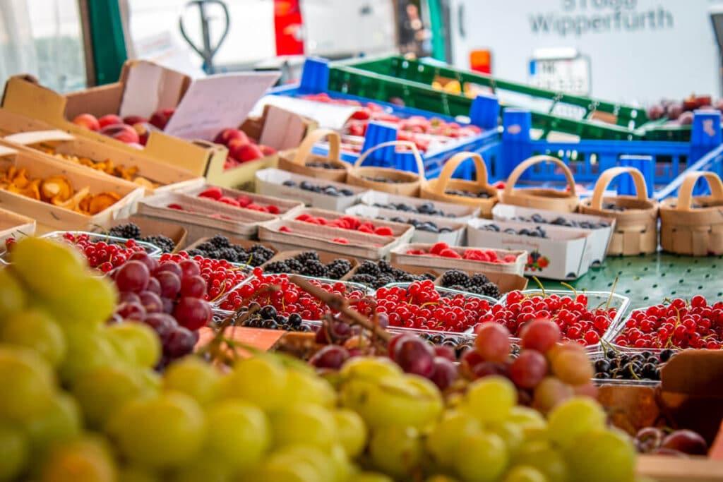 Marktstand Früchte Schultk Langenfelder Wochenmarkt Bild 10