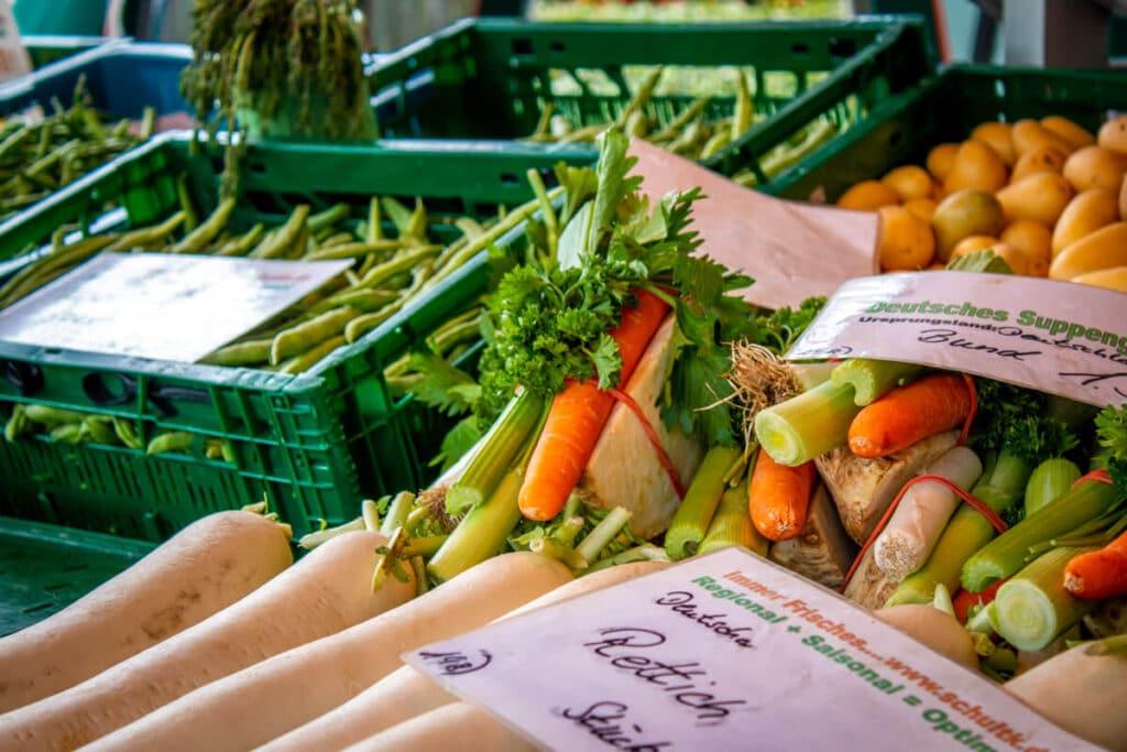 Marktstand Früchte Schultk Langenfelder Wochenmarkt Bild 7