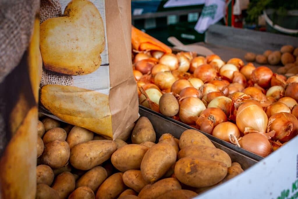 Marktstand Früchte Schultk Langenfelder Wochenmarkt Bild 6