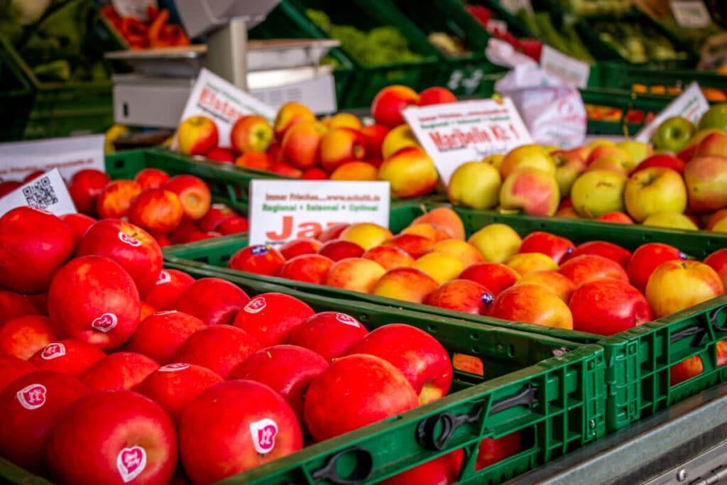 Marktstand Früchte Schultk Langenfelder Wochenmarkt Bild 3