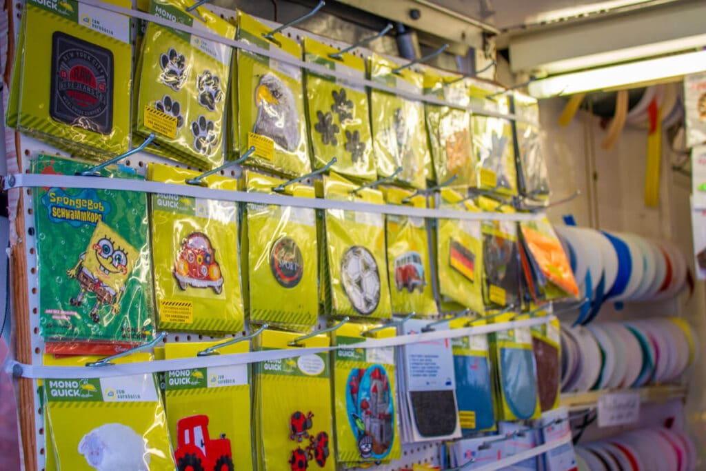 Marktstand Kurzwaren Romagno Langenfelder Wochenmarkt Bild 10