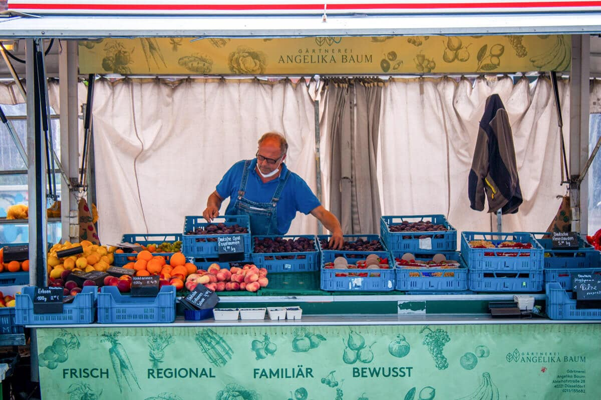 Marktstand Gärtnerei Baum Langenfelder Wochenmarkt Bild 1