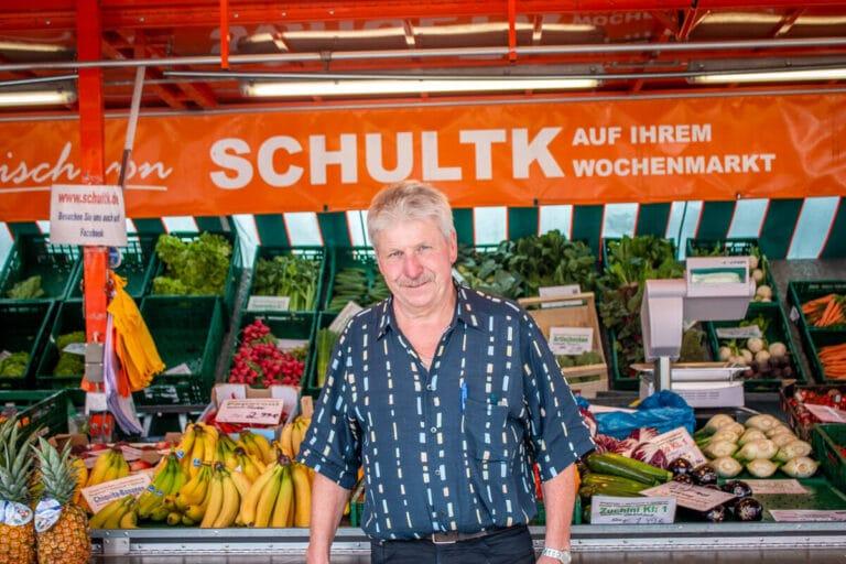 Marktstand Früchte Schultk Langenfelder Wochenmarkt Bild 1