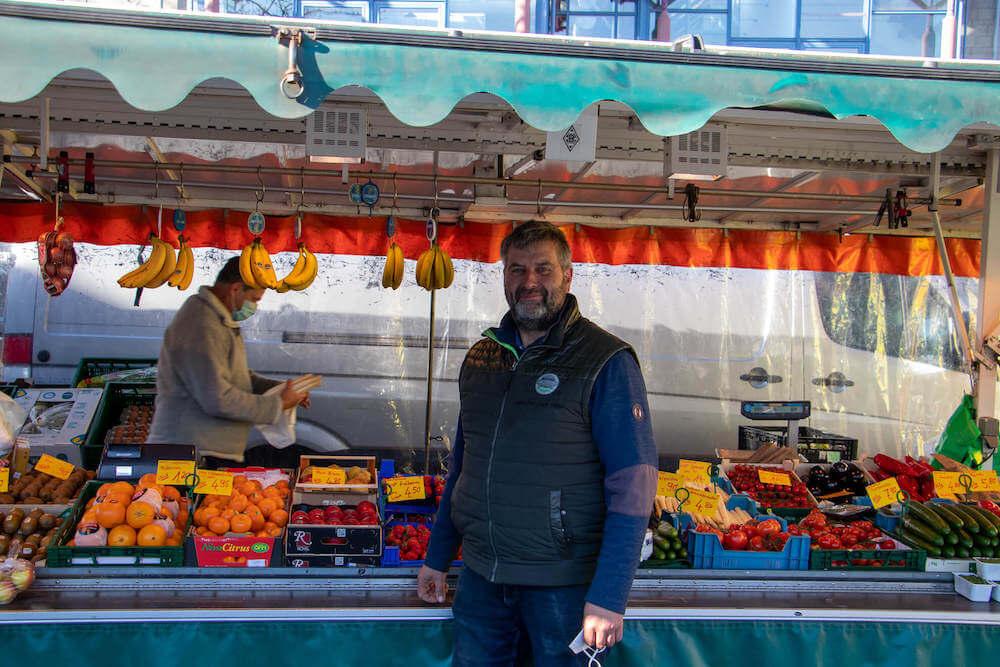 Marktstand Obst Gemüse Becker Langenfelder Wochenmarkt Bild 1
