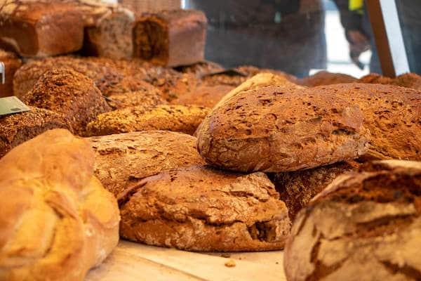 Marktstand Niederrheinische Landbäckerei Berns auf dem Langenfelder Wochenmarkt 6