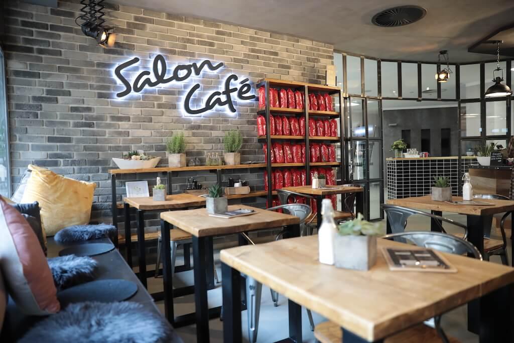 Logo-Salon-Cafe Franco Vicari Langenfeld - Innenansicht