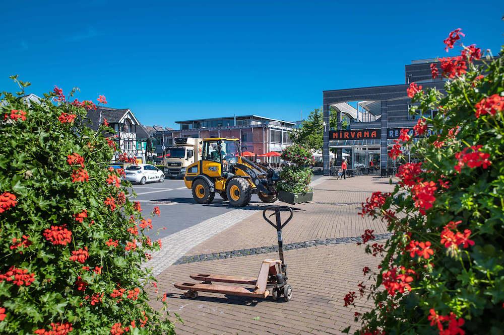 ShoppingMitte Langenfeld Blumen in der Stadt Marktplatz