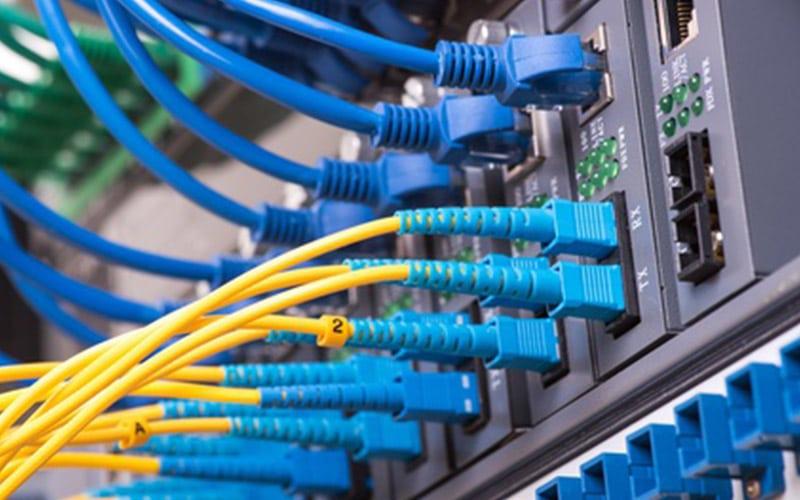 Netztwerkstecker