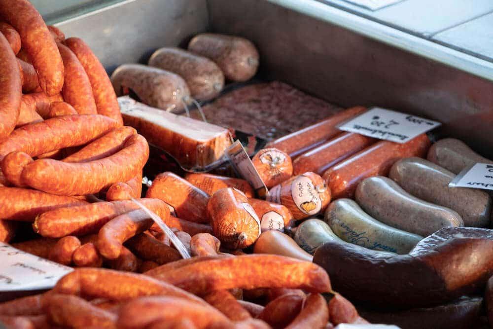 Marktstand Bergische Mettwurst auf dem Wochenmarkt in Langenfeld Bild 4